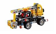 Lego-technic-2015-cherry-picker-42031-1