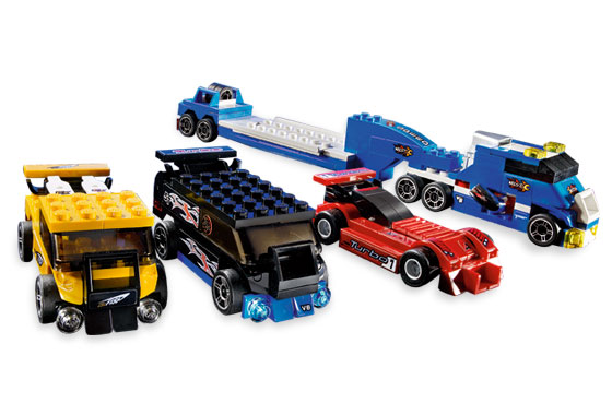 File:8495 Racers and Truck.jpg