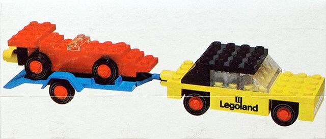 File:650-Car with Trailer and Racing Car.jpg