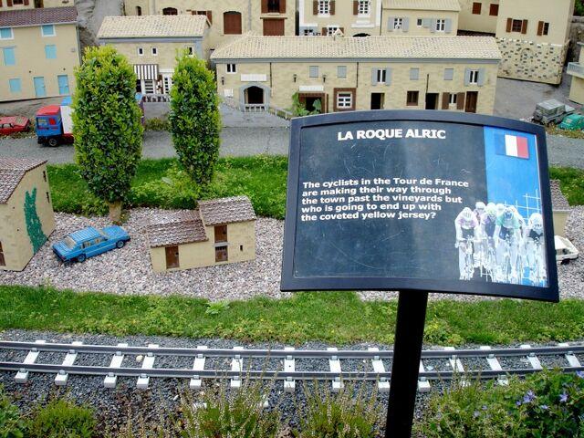 File:Lego La Roque Alric.jpg