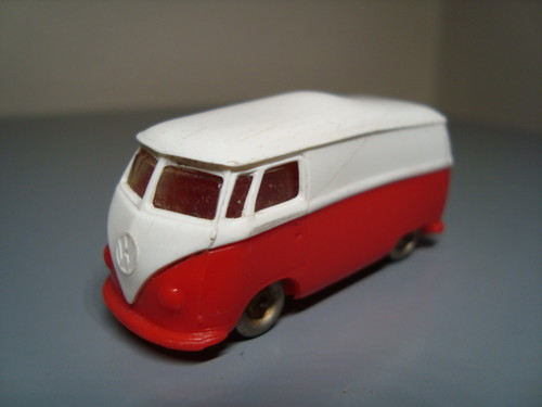 File:Lego VW red and white van.jpg