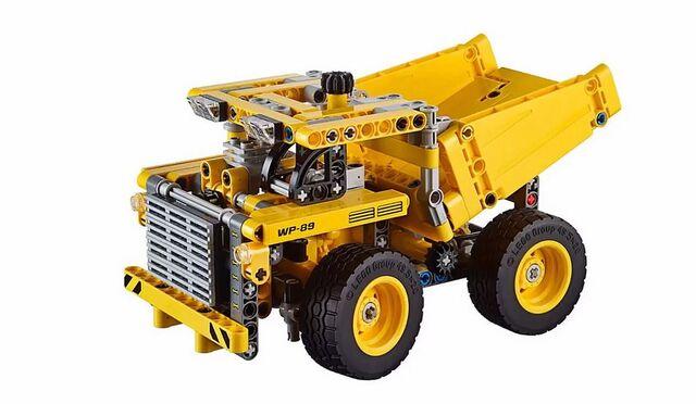 File:Lego-technic-2015-mining-truck-42035-1.jpg