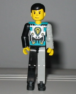 File:Cyber slam spider TECHNIC figure.png