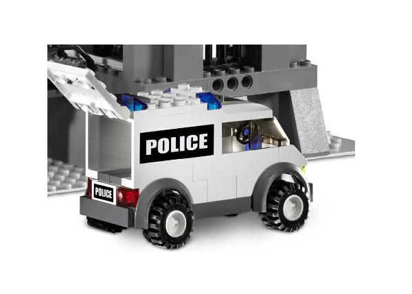 File:7237 Police Van.jpg
