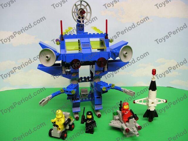File:Robot command center 2.jpg