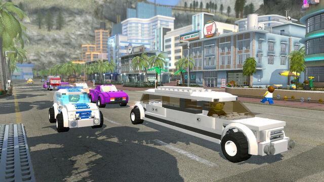 File:Lego City U Limo 01.jpg