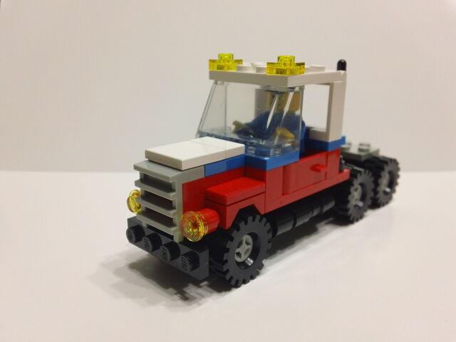 File:Lego Canada Post 107 Cab.JPG