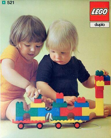 File:521-All Bricks in All Colors.jpg