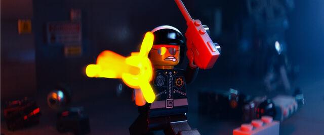 Archivo:LegoBadCop.jpg