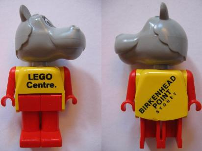 File:Hannah Hippopotamus - LEGO Centre.jpg