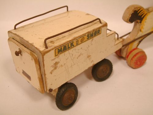 File:Paard en melkwagen 3.jpg