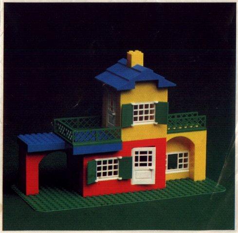 File:15-Large House Set.jpg