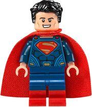 Lego-Superman-v-Batman-76046-Heroes-of-Justice-Sky-High-Battle-Set-Superman-Minifigure