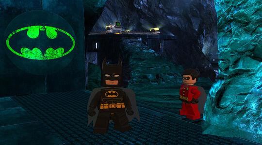 Lego Batman 2 Batcave