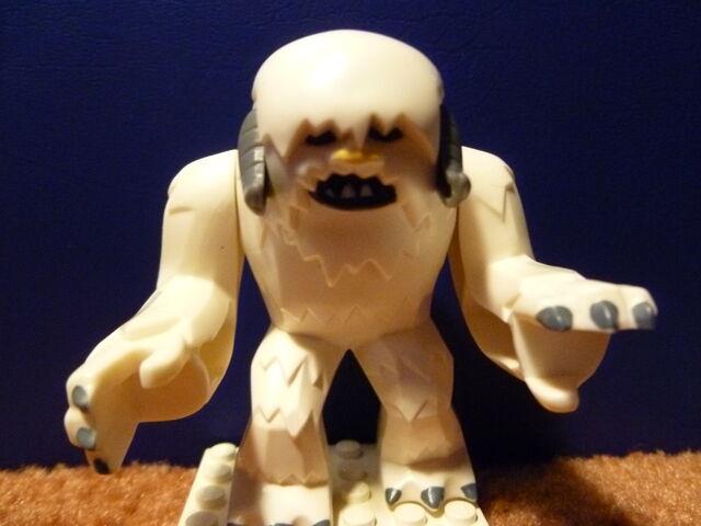 File:Wampa from Lego.jpg