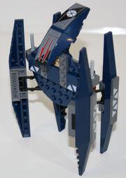 Vulture-droid-walking-profile