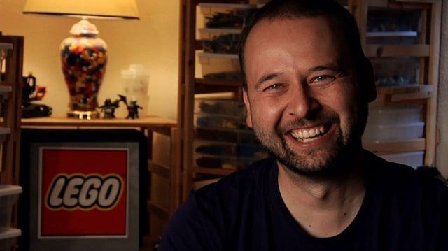 LUP (Lego Universe Partner) Steve Barker - a portrait