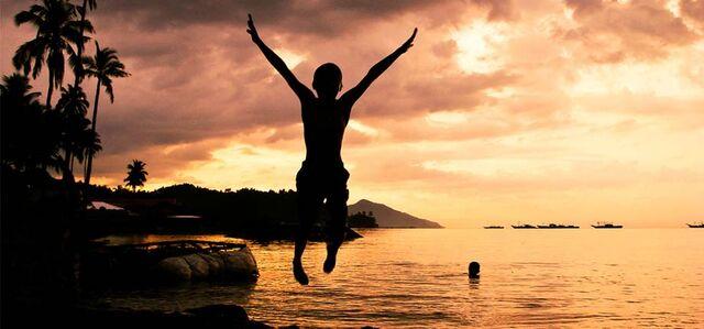 File:Happy jump.jpg