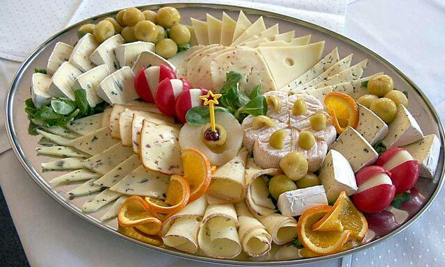File:Cheese platter.jpg