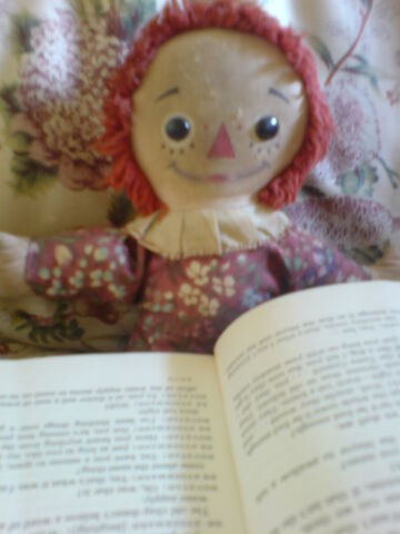 File:RaggedtyAnne with book.jpg