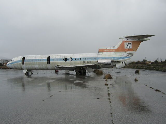 File:Airplane on nicosia airport.JPG