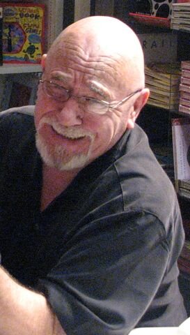 File:BrianJacques2007.jpg