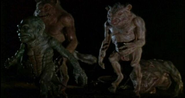 File:Ghoulies-ii-trailer-1895.jpg