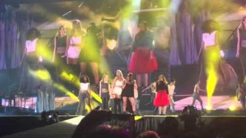 Taylor Swift and Little Mix - Black Magic at Levi's Stadium in Santa Clara