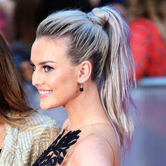 Perrie's wavy silver dark roots, ponytail hairstyle