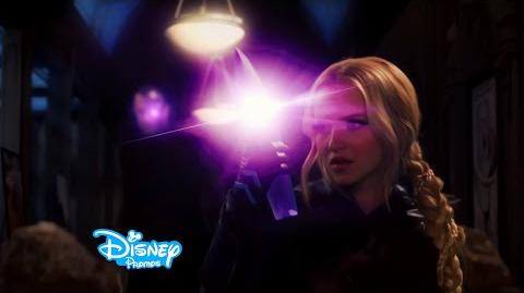 Liv and Maddie - Voltage-A-Rooney - Sneak Peek - EXCLUSIVE CLIP