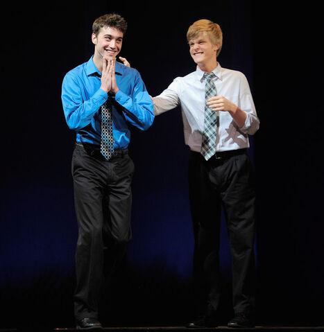 File:Ryan+McCartan+2011+National+High+School+Musical+zVtMQEwQ-vXl.jpg