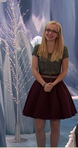 File:Maddie in a Dress.png