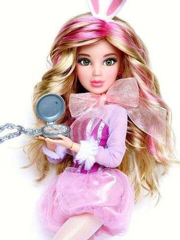File:Liv-hayden-in-wonderland-muneca-articulada-30-cm-t-barbie MLA-O-145301217 6323.jpg