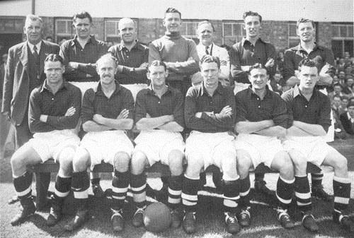 File:LiverpoolSquad1950-1951.jpg