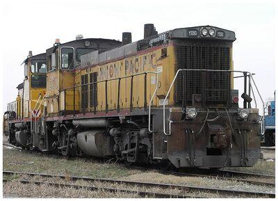 UPY 1350 EMD MP15DC