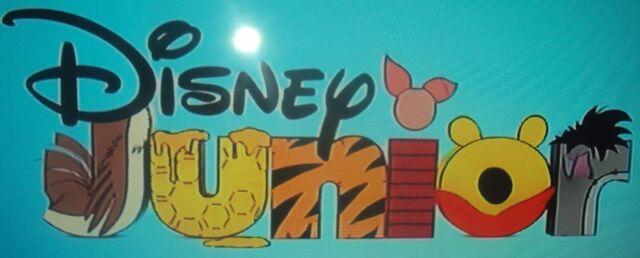File:Winnie the Pooh Disney Junior.JPG