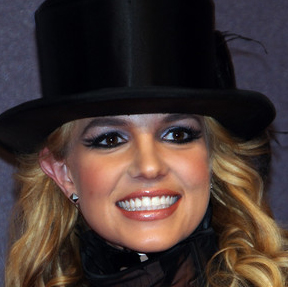 File:SnatchGame Tatianna Britney.jpg