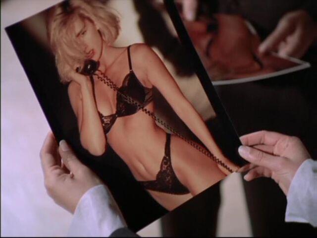 File:Lisa Rockford Modelling.jpg