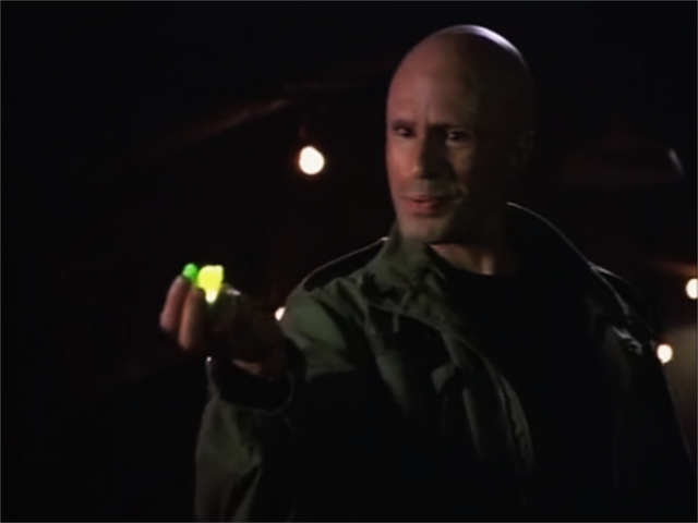File:Lex Luthor with Kryptonite.png
