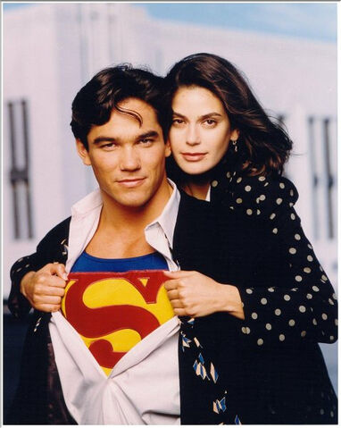 File:Lois and Superman 3.jpg