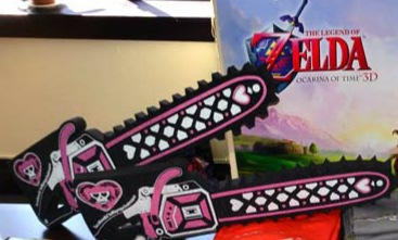 File:Lollipop Chainsaw - Swag Box 02 - Foam-Rubber Hand Chainsaw.jpg