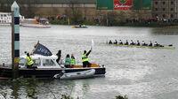 Boat Race Finish 2008 - Oxford winners