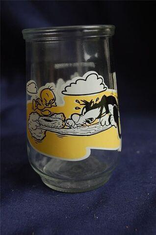 File:Welch's 1995 Jelly Jar.jpg