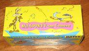 Mil-Looney-Um 2000 Motts