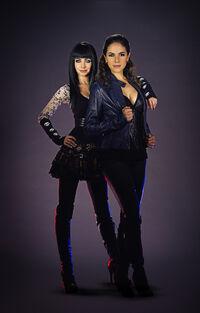 Bo and Kenzi (Season 2 publicity)