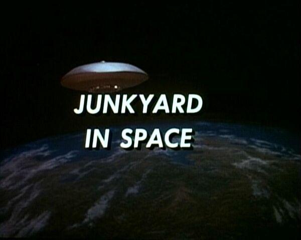 File:JunkInSpace.jpg