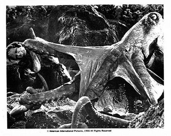 File:Frankenstein struggling.jpg