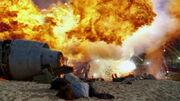 1x01-explosion-hurley