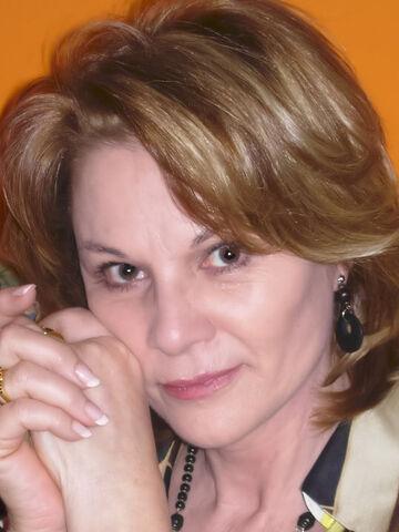 File:Gloria Cámara.jpg