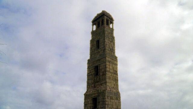 ملف:6x05 The Lighthouse Exterior.jpg